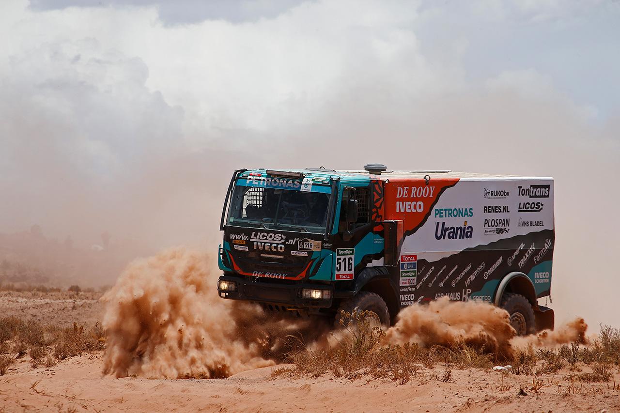 Dakar 2017 Equipa PETRONAS De Rooy IVECO parte para a América do Sul para defender a vitória histórica de 2016